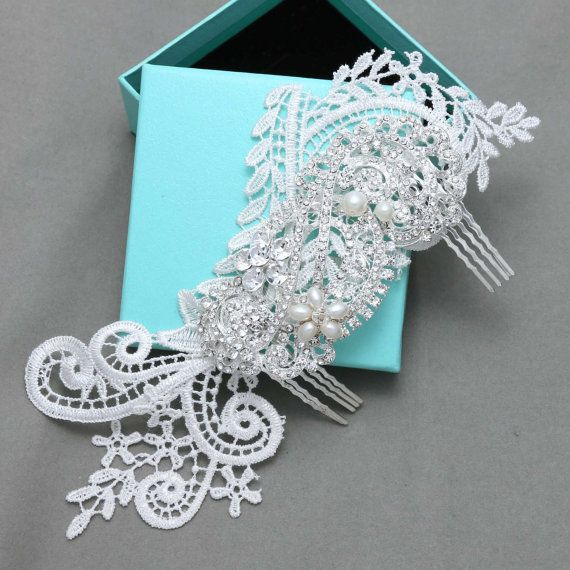 Ivory Lace Hair Comb Wedding Hair Comb Vintage by BlingGarden