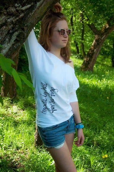 ours surf longsleeve for girls: http://g2h.pl/damska-odziez/damskie-koszulki?product_id=86