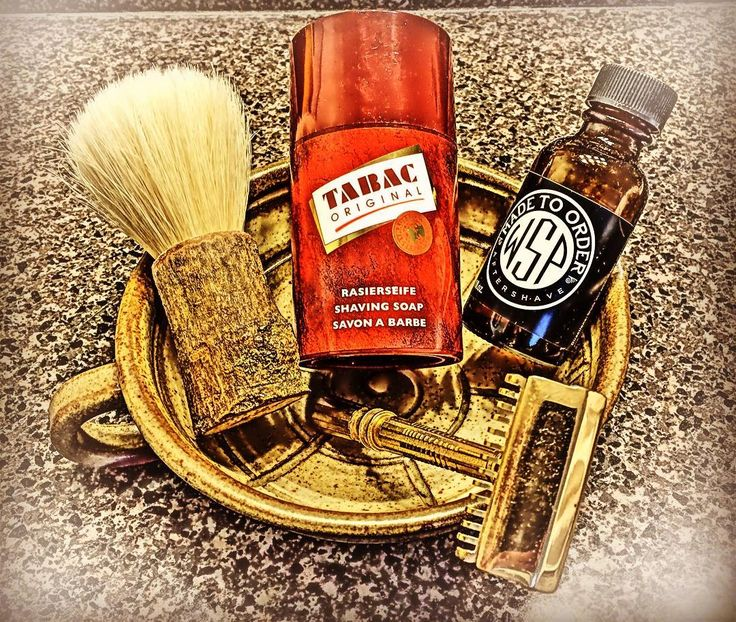 #SOTD @tabacfragrances stick shave soap #gemSE @huskandtimber boar brush @wetshavingproducts Fougere Noir #yoreshshavebowl #wetshaving #wetshaving #monday by tjlentz19