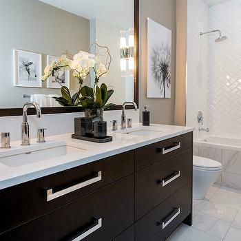 atmosphere interior design bathrooms gray walls gray wall color black and white floral art marble floor tile marble tiled floors