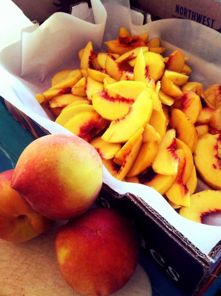 One of the best things about summer.. Fresh peaches for pies!