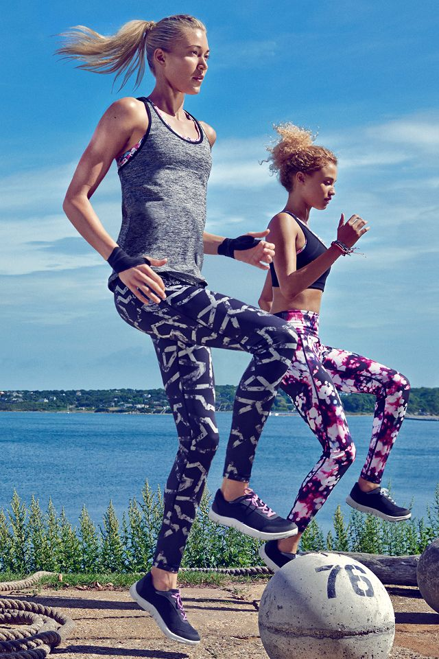 Make your workouts fun in fast-drying sports tank tops & ankle-length tights with playful patterns.   H&M Sport