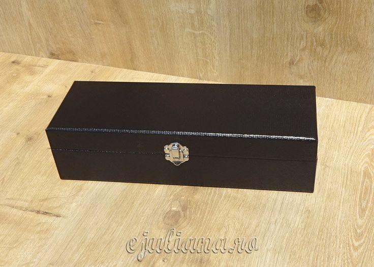 Cutie de ceasuri piele neagra lucioasa
