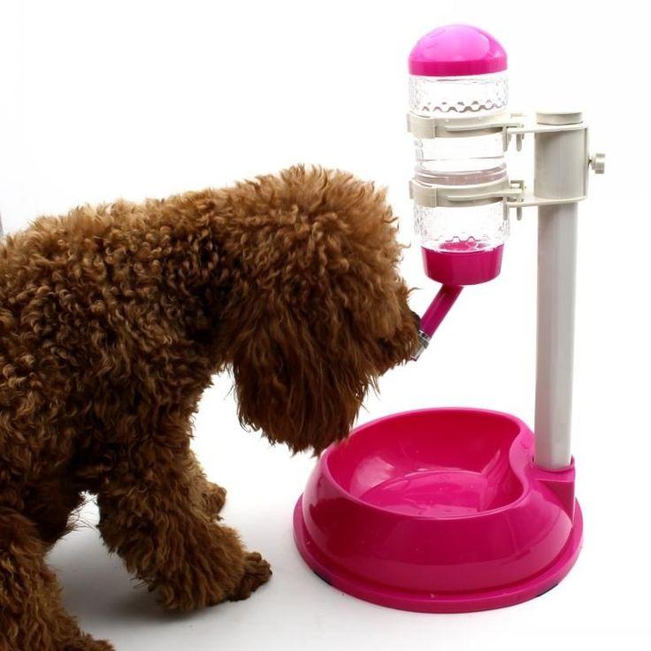 Fontaine à eau pour animaux de compagnie et gamelle pour la nourriture - réglable en hauteur   Distributeur d'eau + Bol de nourriture en plastique pour chien et chat très original et fonctionnel. Chimey apprécie tout particulièrement la fontaine à eau rég