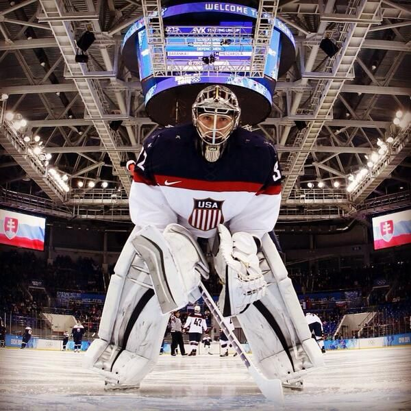 Great shot of Jonathan Quick during his Olympic debut vs Slovakia [Feb 13, 2014]