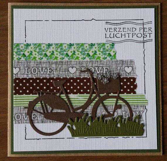 Kaart met masking tape en een fiets
