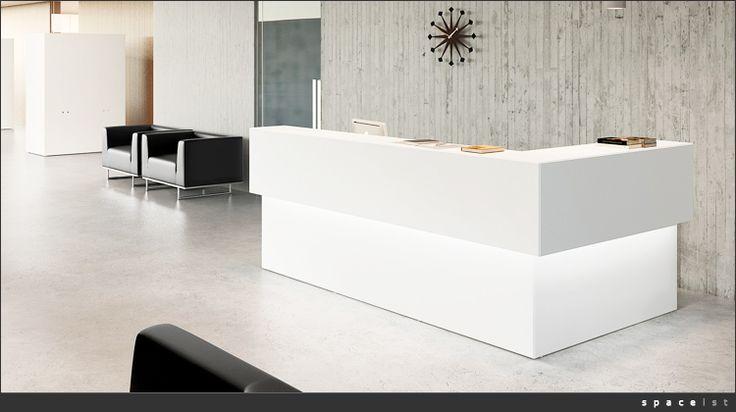Self-illuminating furniture for the win. - punto atención al cliente=iluminación - vistoso
