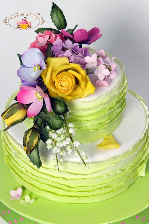 Торты - торты Виорика в: День рождения цветы и оборки