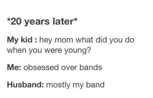 LOL funny fangirling bands fangirl Luke 5sos 5 ...