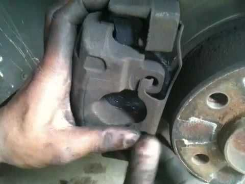 1998 BMW 528i (e39) brake pad change ...part 2