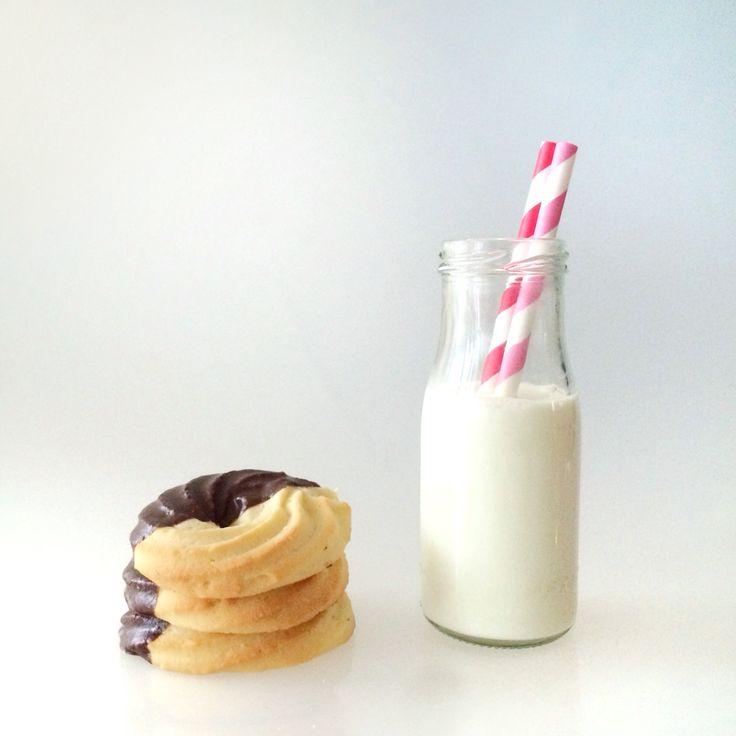 Spritzgebäck  cookies & milk  --> Rezept auf www.lalasophie.blogspot.ch