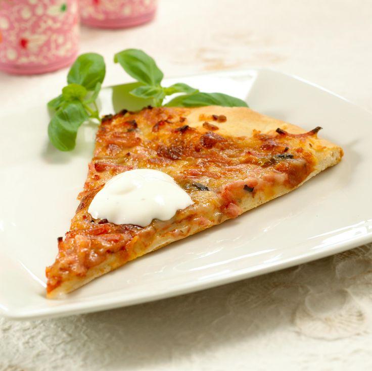 Pizzadressing: Dressing er enkelt og kjapt å lage og gir pizzaen det lille ekstra!