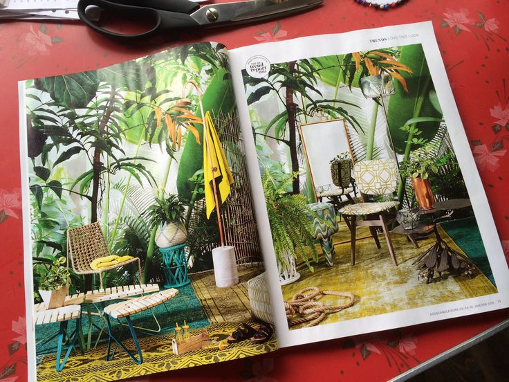 How incredible is our Tropical Jungle wallpaper in the article featured in House and Leisure Magazine?