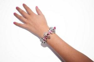 Armband met doodskoppen | Fashionistic Webshop Dameskleding