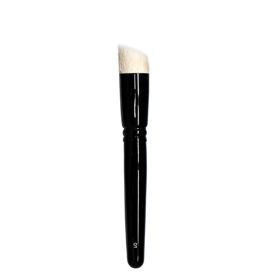 Brush 01 is perfect for foundation, it's about 5mm longer than a typical stippling brush to allow for gentle blending that won't pull the skin.  Handcrafted in Japan. Cruelty free.