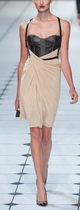 Jason Wu - this is just so sensual & feminine & strong all at the same time. i love it!