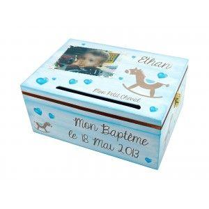 http://www.imaginairdeco.fr/150-248-thickbox/urne-de-bapteme-garcon-marron-bleu-avec-cheval-et-coeurs.jpg