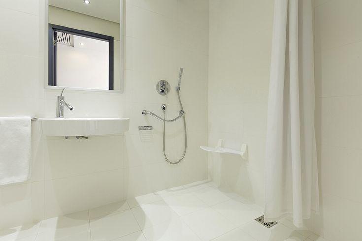 Dusche Rollstuhlgerecht Gr??e : ?ber 1.000 Ideen zu ?Dusche Bodengleich auf Pinterest Badezimmer