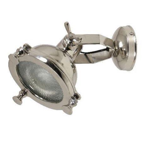 Wandlamp in echte oude industriele vorm