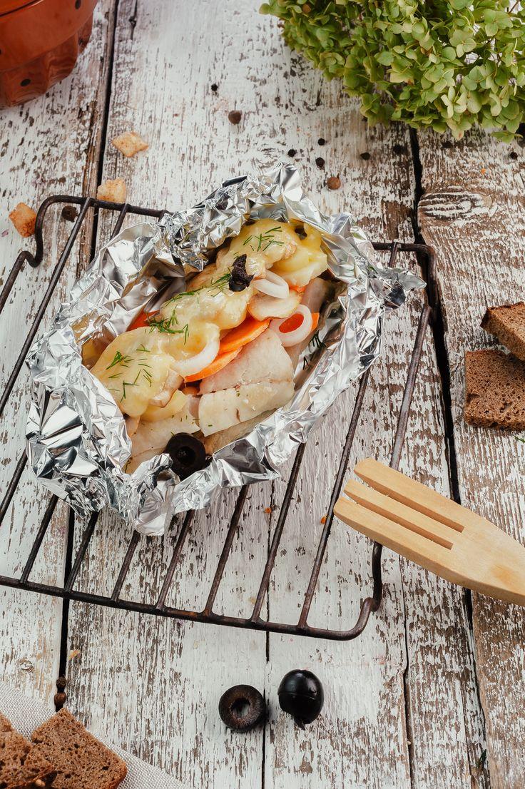Uma receita que alia o melhor do peixe magro de baixo valor calórico a uma deliciosa combinação de vegetais confecionados de uma forma saudável e nutritiva
