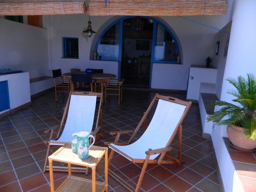 Los lunes empiezan mucho mejor en esta espectacular terraza típica siciliana. #sicilia
