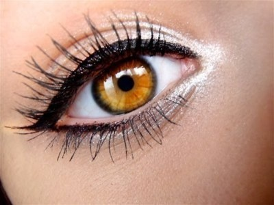 bright: Eyeliner, Eye Makeup, Cat Eye, Bright Eye, Eye Colors, Blue Eye, Eyemakeup, Eye Liner, Green Eye