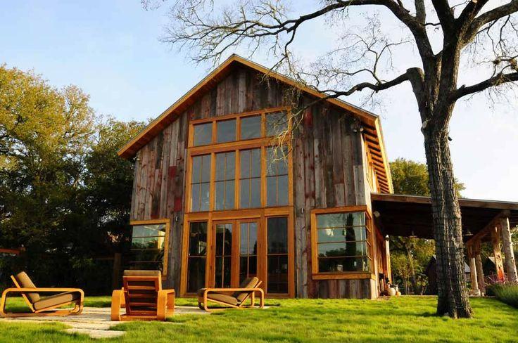 Homestead Restorations, barn.. love the corner windows.Artists Studios, Tiny House, Art Studios, Country Life, Barns Home, Barns House, Barn Houses, Old Barns, Barns Convers