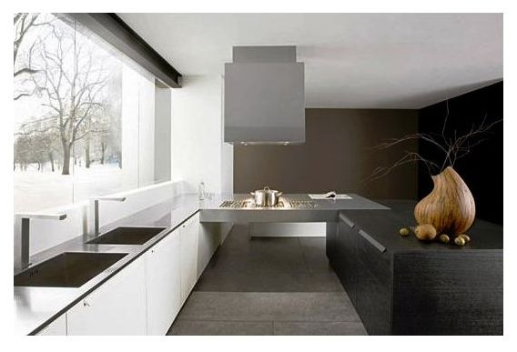 Kitchen: Minimalist black and white design by Futura Cucine photo Alessandra Martina