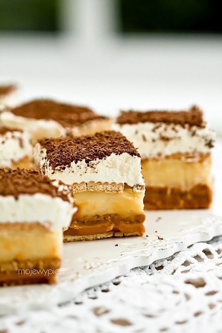 My Pastries | Cake and 3 BIT ~ This is a Polish site, but OMG, the recipes are incredible! Use Google translate and it should be fine. ᘡηᘠ