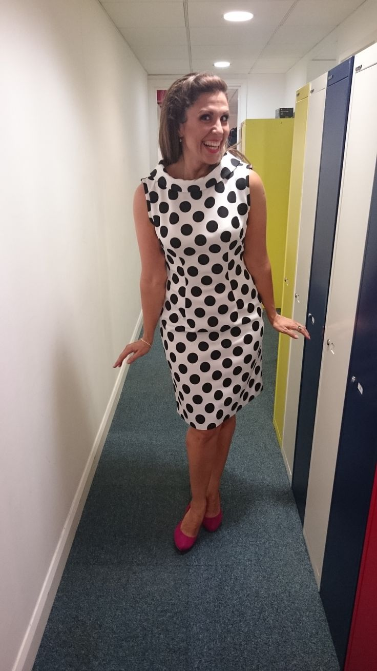 The Simplicity 6145 - made in black n white polka dot neoprene, worn with hot pink heels :) *details on blog!