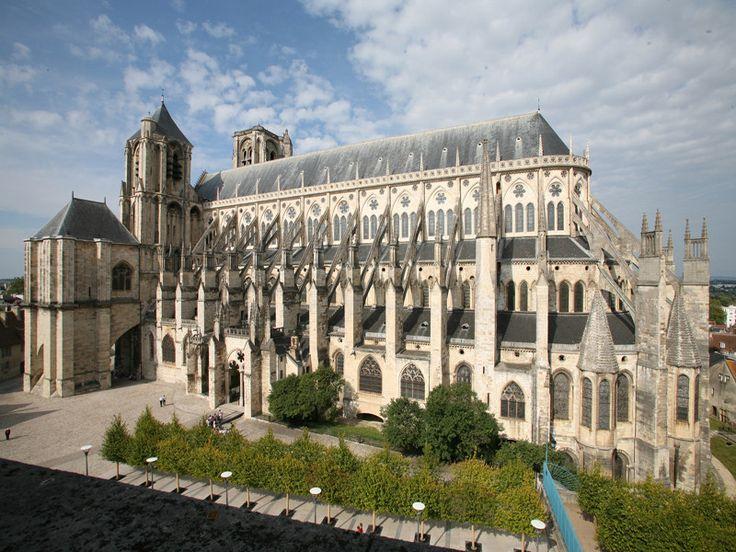 Les 93 meilleures images du tableau art gothique sur - Les jardins du bien etre saint etienne ...