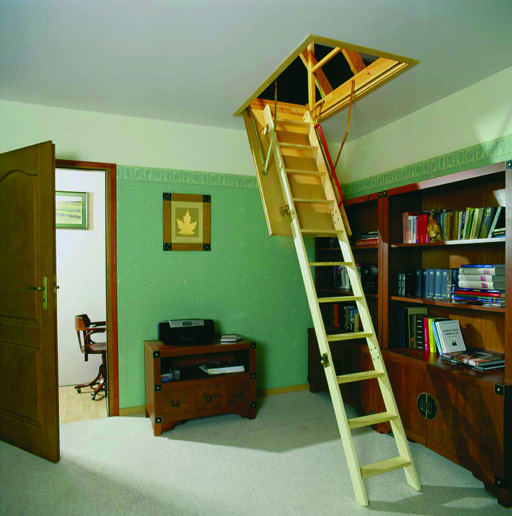LWS P Insulated Attic Ladder With 300 Lbs (136 Kg) Load Capacity