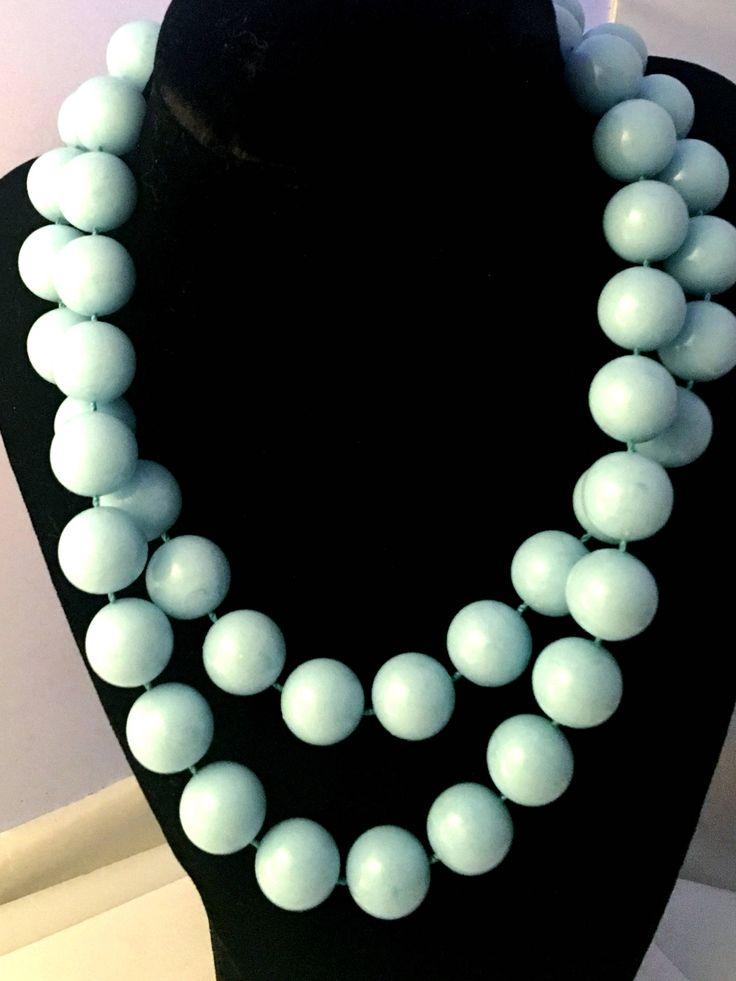 #etsy shop: Vintage Chunky Baby Blue Lucite Bead Single Strand Necklace Rockabilly Retro http://etsy.me/2GN5PL0 #jewelry #necklace #blue  #vintage #chunky  #etsyelite #etsyaddict #etsysellersofinstagram #etsyhunter #etsyfinds #shopsmall #treatyourself   #shabbyinpink