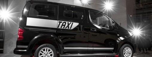 Jesteście z Warszawy i chcecie za darmo przejechać się taksówką? Jest to możliwe, jeśli posiadacie smartfon Nokia Lumia. http://www.spidersweb.pl/2013/04/itaxi-nokia-taksowka.html