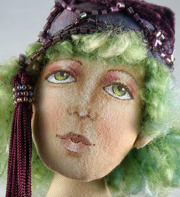 doll face detail
