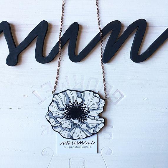 """Collana in legno """"Anemone bianco"""""""