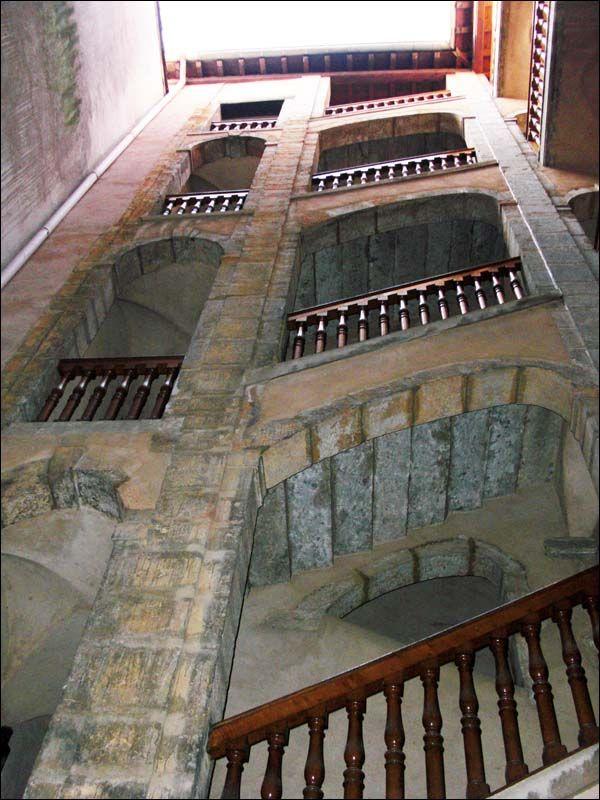 Vieux Lyon - escalier rue du Beuf