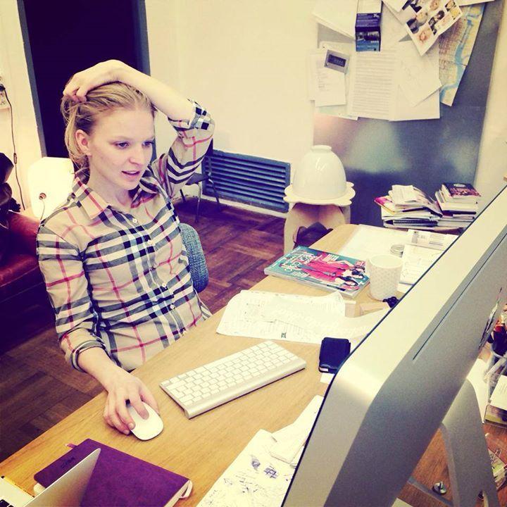 Anička neustále pracuje.. :)