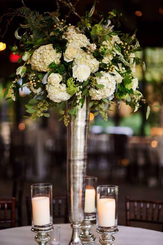 rose and hydrangea wedding centerpiece   deweddingjpg.com