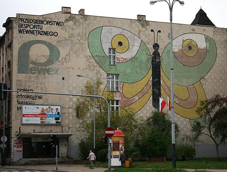 Stary mural Pewex, Łódź róg Sienkiewicza i Traugutta