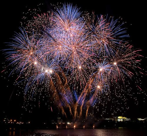 Definitely want fireworks at my Wedding! My favourite things.