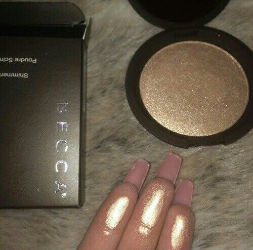 I have this highlighter in opal and its honestly the best thing ever best makeup products - http://amzn.to/2jpvOwg