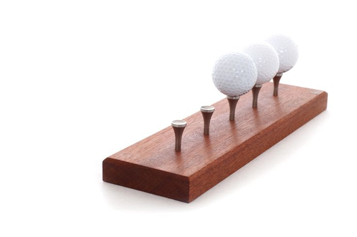 Golfball holder