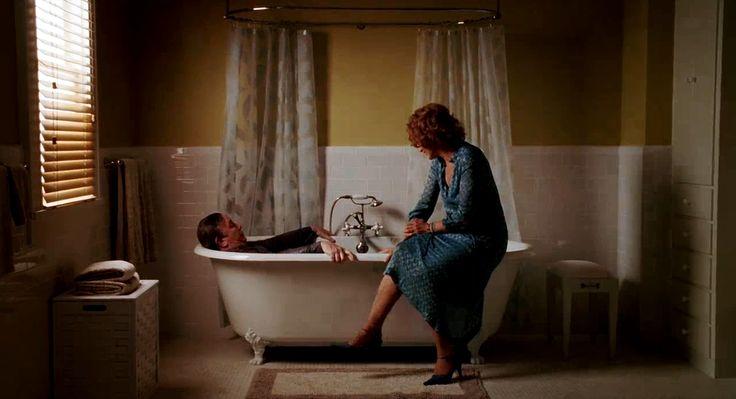 Taking a bath with your cloths on // Big Fish / Burton