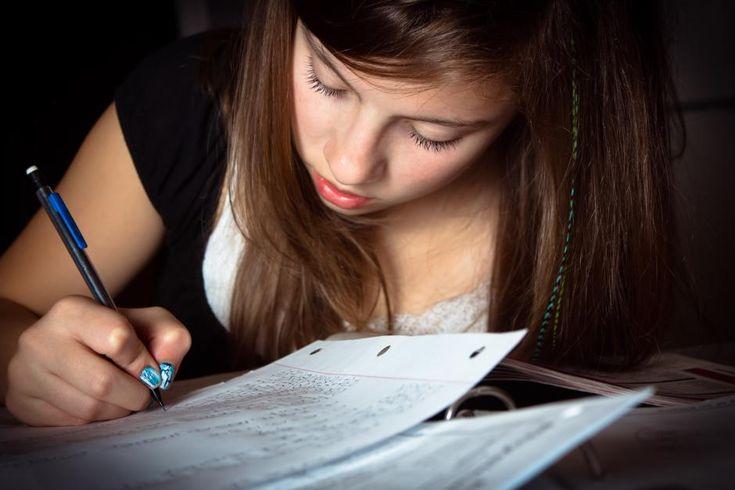 Voksne lærer bedre end unge teenagere : Nyt studie peger på, at man kan træne særlige matematiske færdigheder - og er man i slutningen af 20erne, har man bedre forudsætninger for at blive bedre, end hvis man er i begyndelsen af teenageårene. (Foto: Shutterstock)