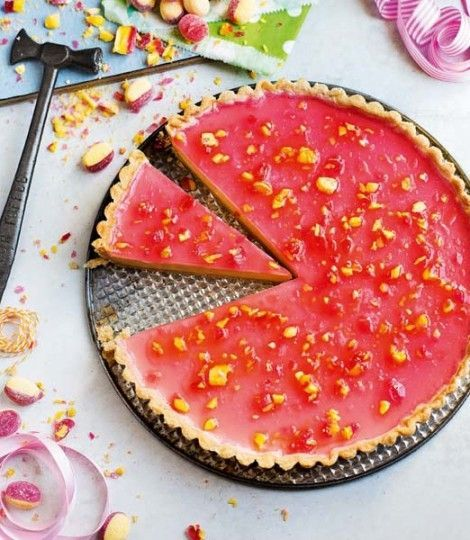 Mouthwatering boozy rhubarb and custard tart - yum!