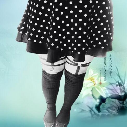 Купить Бесплатная доставка, модные сексуальные ноги носки связаны влюблен в нижнее белье, уникальный пэн г подвязкии другие товары категории Подвязкив магазине City lovers Liu YanxiaнаAliExpress. мода ковбойские сапоги для женщин и носки сандалии моды