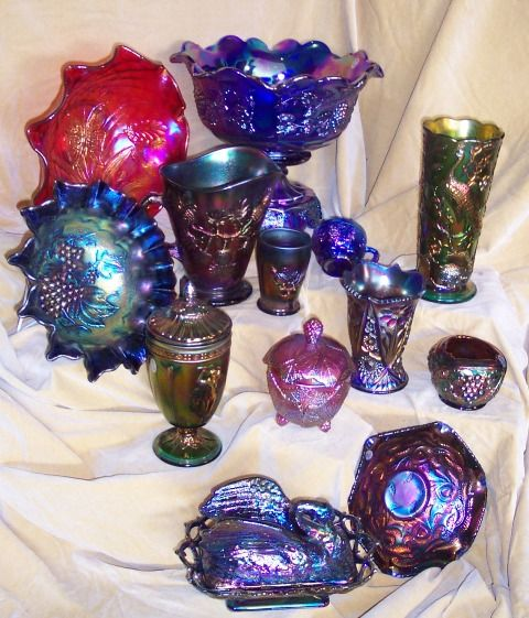 The History of Carnival Glass | HardToFindAntiques.com                                                                                                                                                     More
