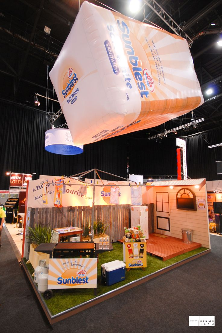 GWF @ METCASH With the launch of the new Sunblest packaging George Weston Foods required an outstanding display. Winner of the 2009 EEAA Award for Excellence. #exhibition #design #tradeshow #METCASH #TipTop