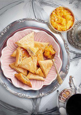 Baklava-samoesas met soet vrugte-blatjang